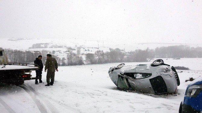 Kar Yağdı Araçlar Takla Attı