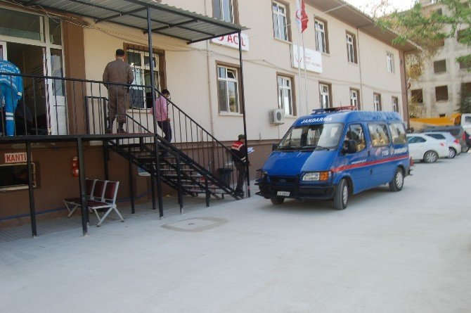 Lapseki'de 5 Kaçak Göçmen Yakalandı