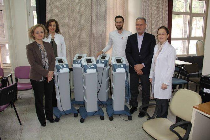 MARDAV, Balcalı Hastanesi'ne 50 TL'lik cihaz hediye etti