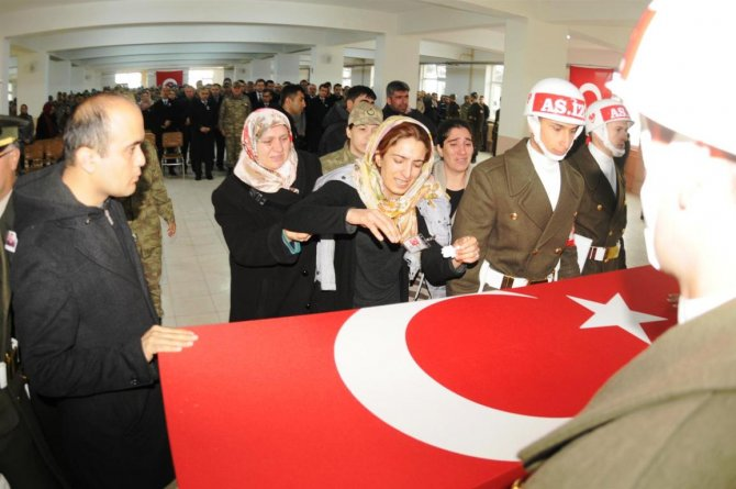Nusaybin'de şehit olan uzman çavuş için tören düzenlendi