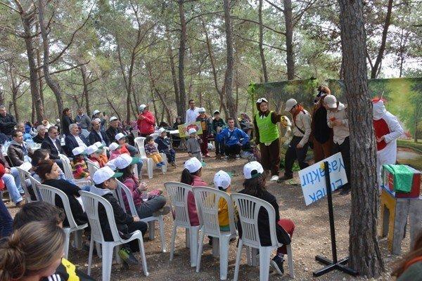 Orman Bölge Çalışanları, Orman Haftasını Yürüyüşle Kutladı