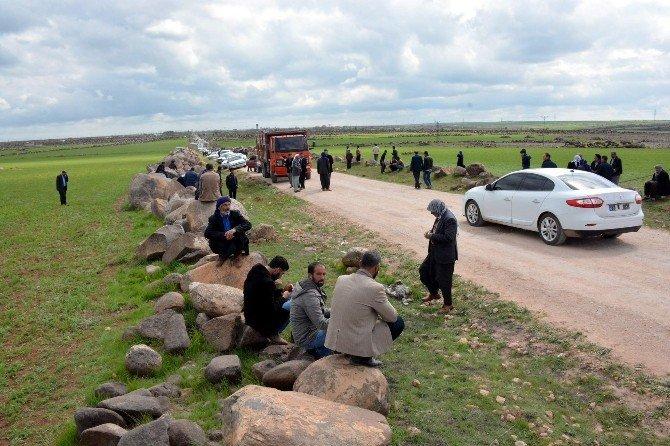 Siverek'te Muhtarın Teröristlerce Öldürüldüğü İddiası