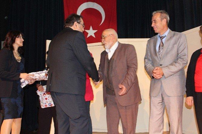 Nazilli'de Yaşlılar Haftasına Özel Tiyatro