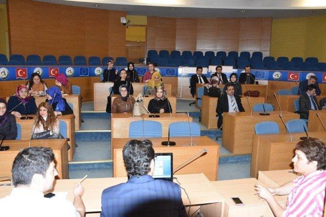 Stajyer Öğretmenlerden Belediyeye Ziyaret