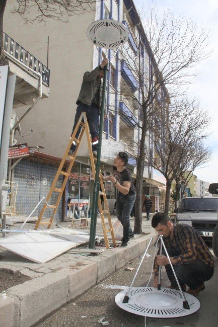 Sorgun Belediyesi Sokak Aydınlatmalarını Yeniliyor