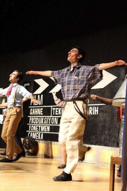 Kırklareli'de 'Yeşilçam' Adlı Oyun Sahnelendi