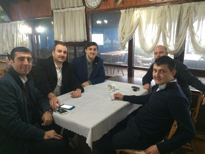 Başkan Özcan, Akçakoca'daki Otelleri Ziyaret Etti