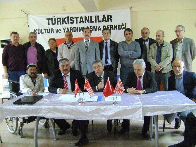 Türkistanlılar Kültür Ve Yardımlaşma Derneği Başkanlığına Beg Seçildi