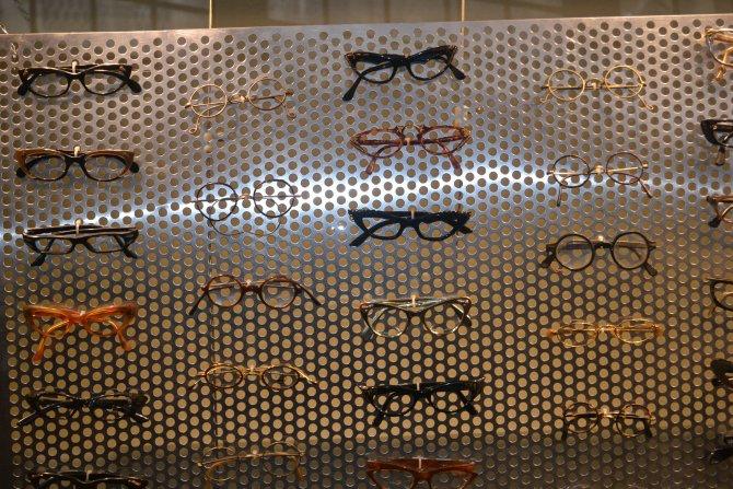 Tarihi gözlükler Eminönü'nde sergiye açıldı