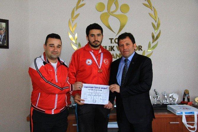 Ali Akkaya Wushu'da Balkan Şampiyonu Oldu