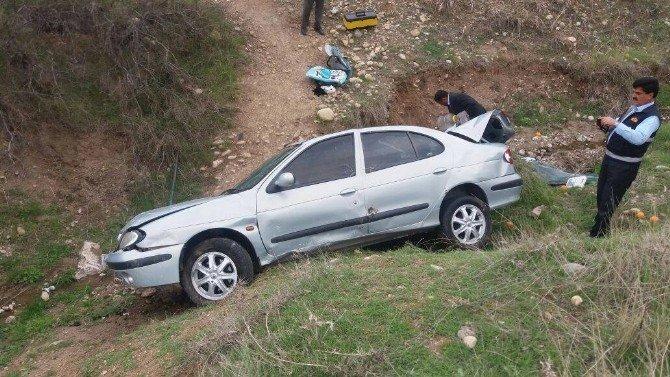 Otomobil Şarampole Yuvarlandı: 7 Yaralı
