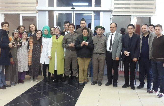 Bafra'da Dünya Tiyatrolar Günü Etkinliği
