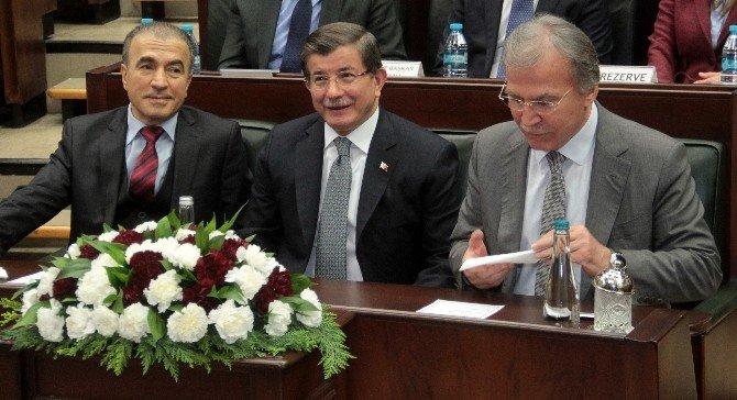 """Davutoğlu: """"Türkiye'nin Bir Muhalefet Sorunu Olduğu Artık Tüm Kesimlerin Ortak Kanaati Haline Gelmiştir"""""""