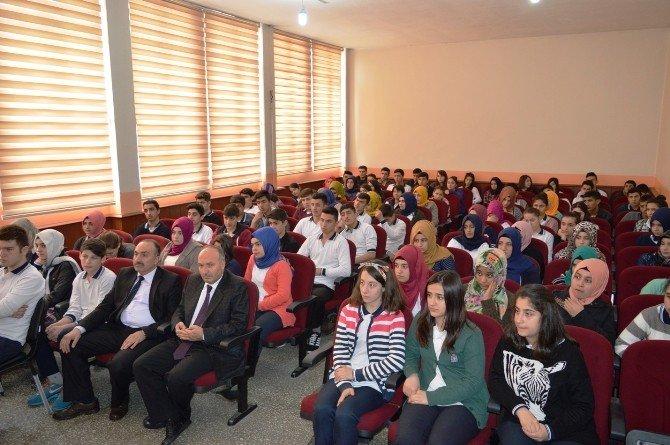 Vali Çınar Öğrencilerle Buluştu