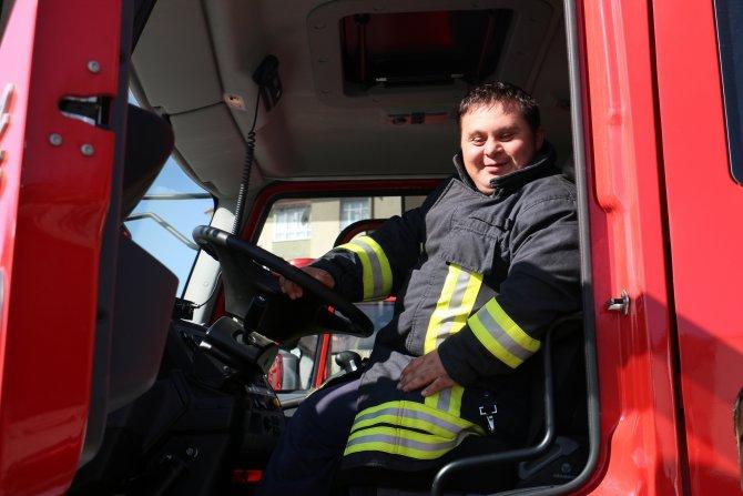 Engelliler yangına müdahale eğitimi aldı