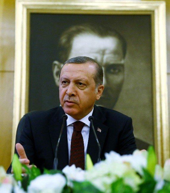 """Cumhurbaşkanı Erdoğan: """"Kara Paranın Babaları Orada Duruyor"""""""