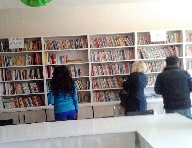 Didim Şehit Soner Turan Ortaokulu'na Kütüphane Kazandırıldı