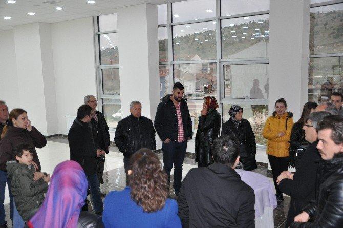 Mahalle Konağında Aynı Gün Düğün Yapmak İsteyenler İçin Kur'a Çekimi Yapıldı