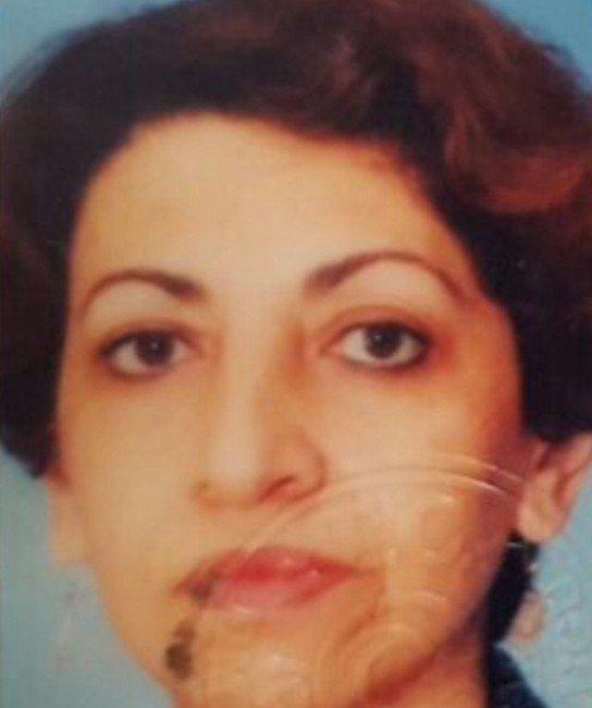 Emekli Kadın Öğretmen Evinde Öldürüldü