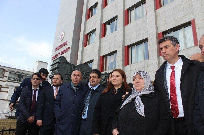 27 Yerinden Bıçaklanarak Öldürülen Burcu Şengel Davası Ertelendi