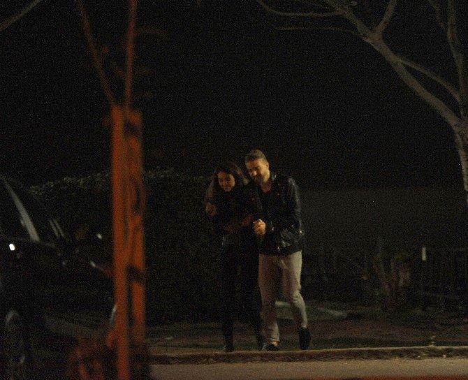 Fenerbahçeli Caner, Yeni Sevgilisiyle Görüntülendi