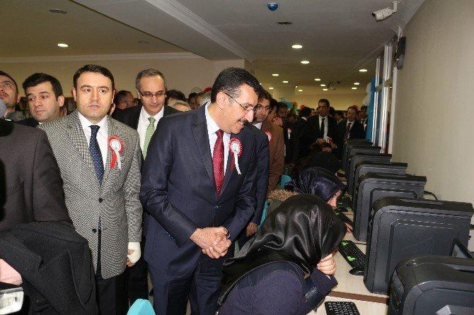 Gümrük Ve Ticaret Bakanı Tüfenkci Ağrı'da