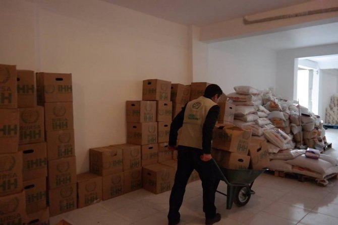 İHH'den terör olaylarından kaçan bin aileye nakdi ve gıda yardımı
