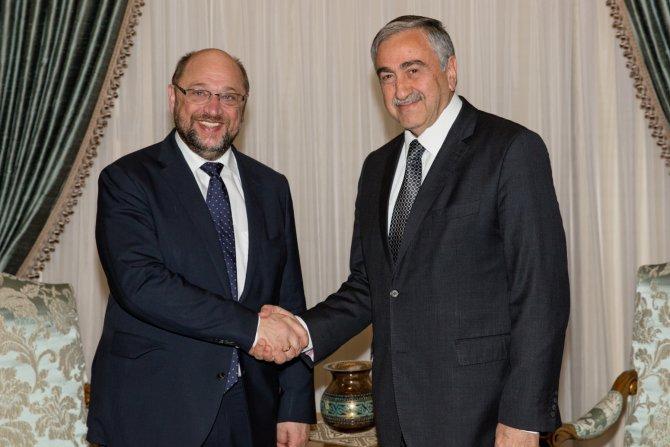 Schulz'la görüşen Akıncı: Avrupa ailesinde ortak bir gelecek adına yararlı oldu