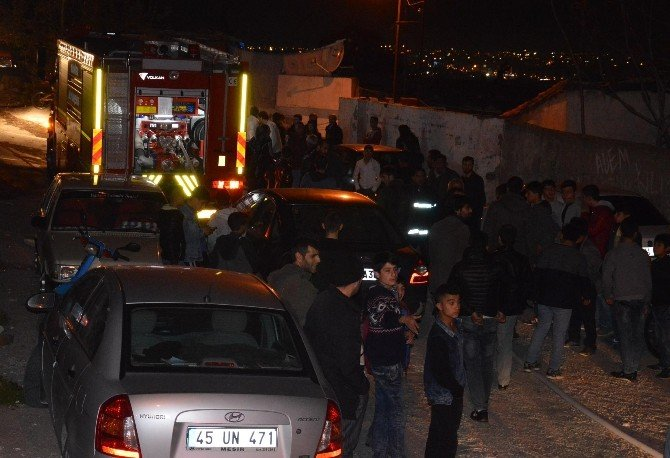 Patlayan Elektrik Trafosu Ev Yandı