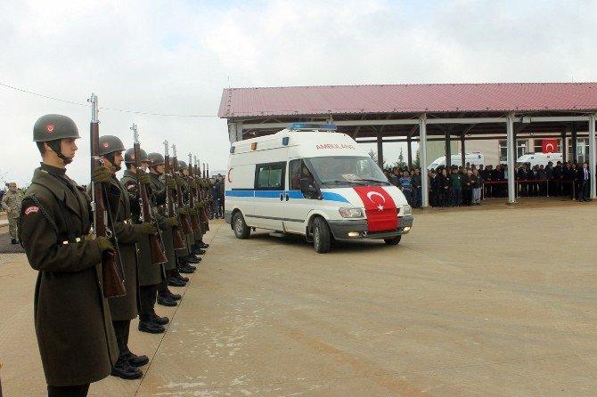 Şehit Yüzbaşı İçin Tören Düzenlendi