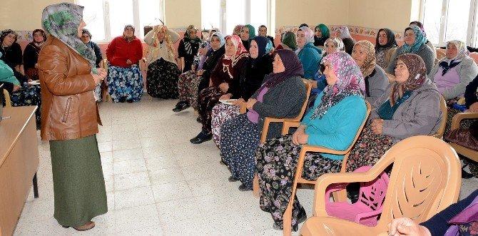 Aksaray'da Kadın Çobanlar Yetişiyor