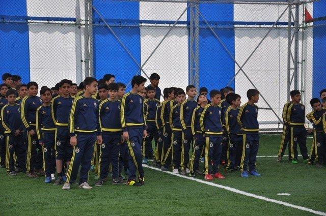 Patnos'ta Fenerbahçe Patnos Futbol Okulu Açıldı.