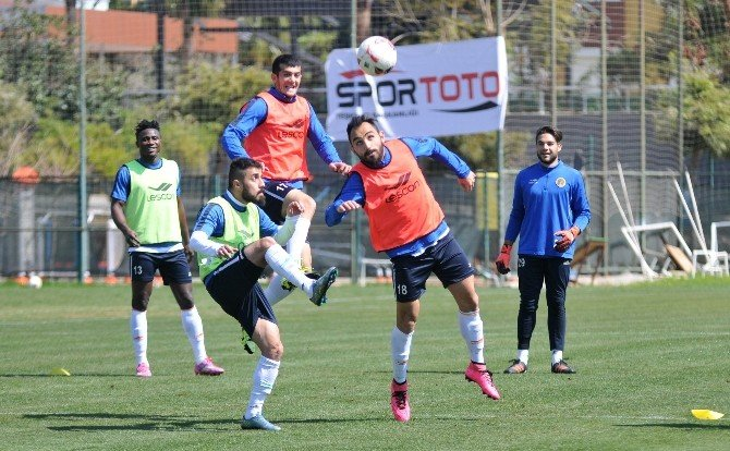 Multigroup Alanyaspor'un, Trabzon Mesaisi Sürüyor