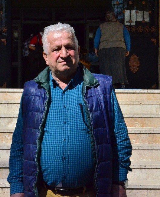 """Evlilik Hazırlığındaki Murat Boz'un Babası Cafer Boz: """"Torun Görmek İçin Çatlıyorum"""""""