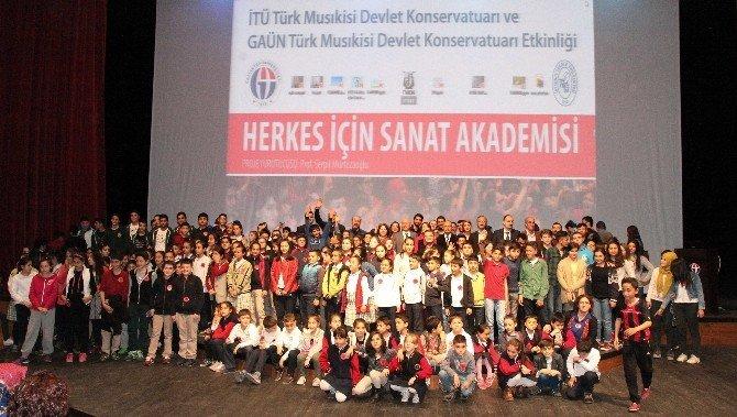 Gençler, Türk Müziği Çalgılarını Dünyaya Tanıyacak