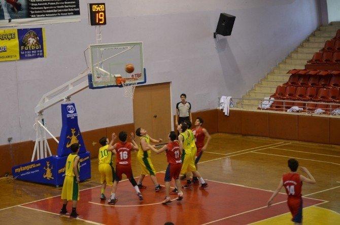 Küçük Erkekler Basketbol Ege Bölge Şampiyonası Sona Erdi