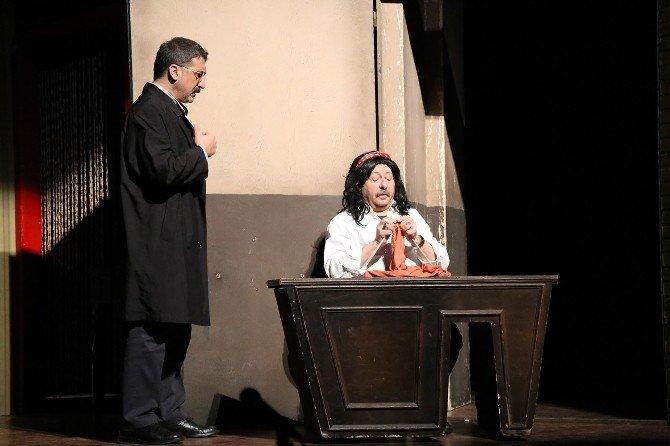 Bozok Üniversitesi Ev Sahipliğinde Üniversiteler Arası Tiyatro Festivali Başladı