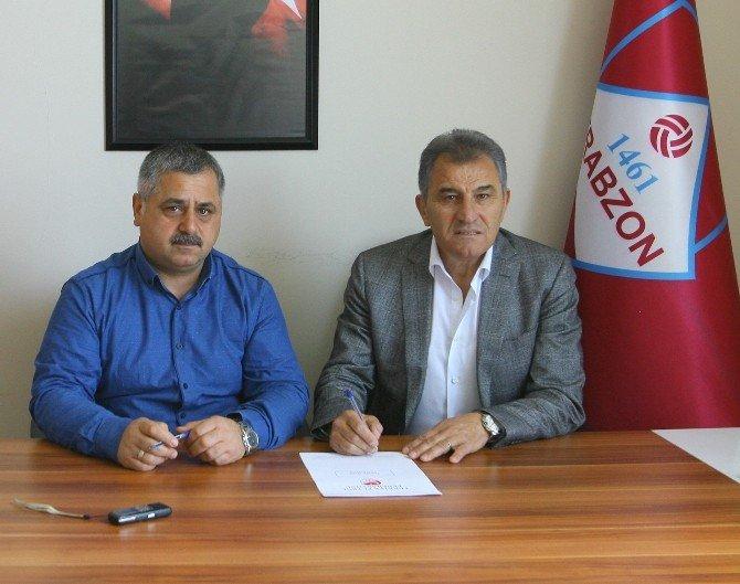 1461 Trabzon'da Hüsnü Özkara Ve Metin Bak İmzaladı