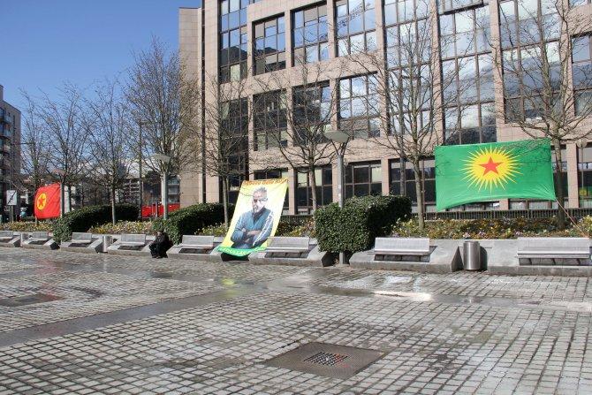 Tartışmalı PKK çadırı Brüksel'de tekrar kuruldu