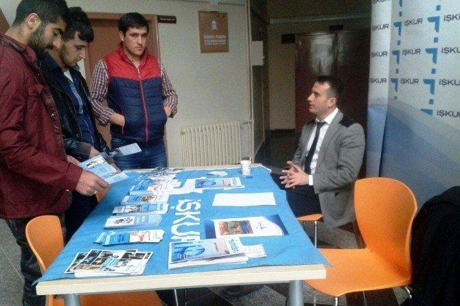 Bitlis İş-kur, Eren Üniversitesi'nde Stant Açtı