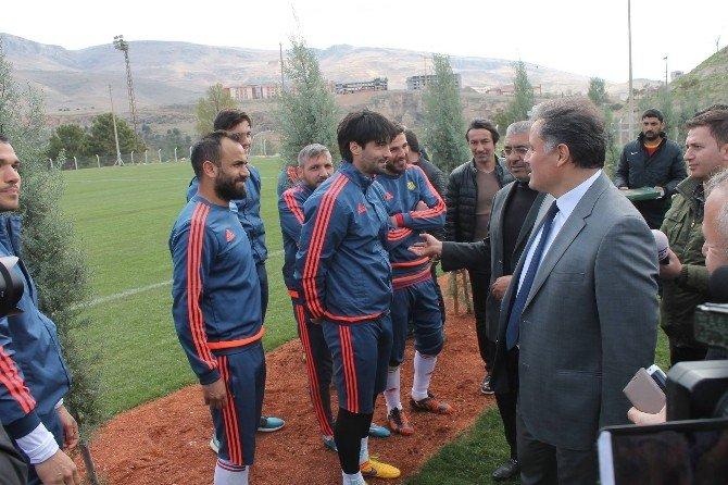 Çakır'dan Alima Yeni Malatyaspor'a Moral Ziyareti