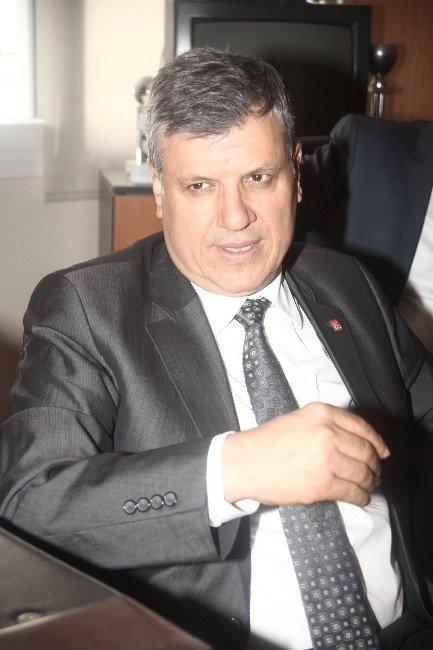 """Barut: """"İlçe Belediyelerimizin Hizmetleriyle Büyükşehir'i De Kazanacağız"""""""