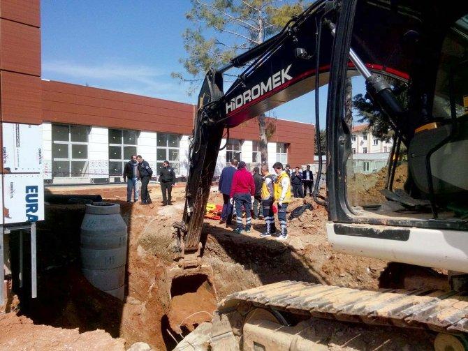 Hastane inşaatındaki göçükte 2 işçi öldü