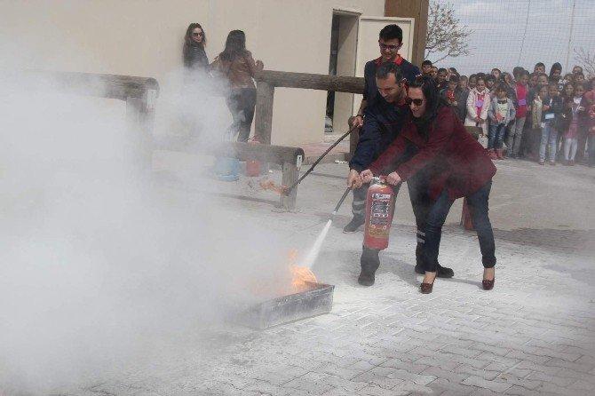 Nevşehir'de Öğrenciler Yangın Tatbikatında