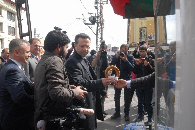 Vali Aksoy'dan Sur Esnafına Ziyaret