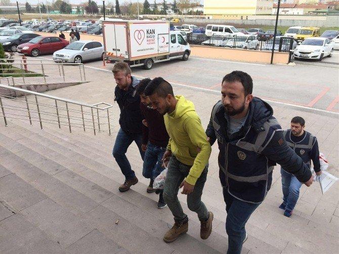Edirne'de İş Malzemesi Hırsızları Polisten Kaçamadı