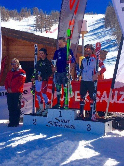 Milli Kayakçıdan Avrupa'da İki Madalya