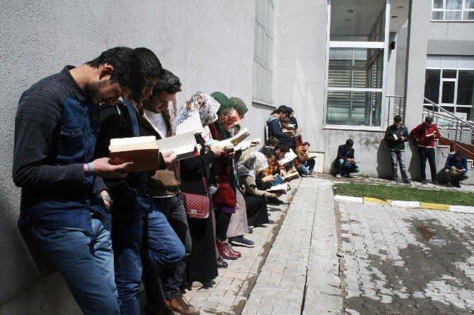 Muş'ta Sessiz Kitap Okuma Etkinliği