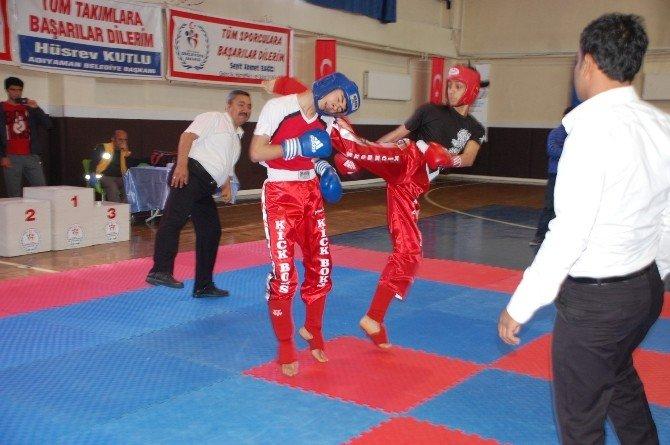 Kick Boks Okullararası İl Şampiyonası Gerçekleştirildi