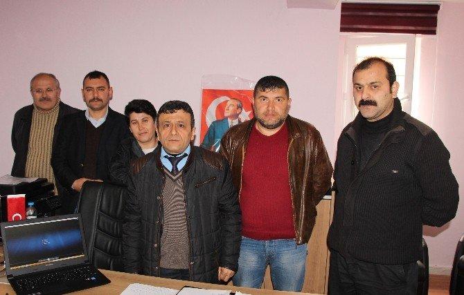 İşten Çıkartılan İşçiler Ankara'ya Gidiyor